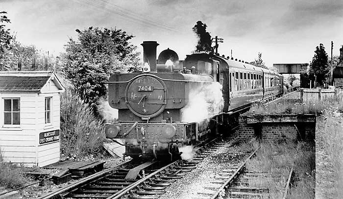 7404 at Alvescot in 1962