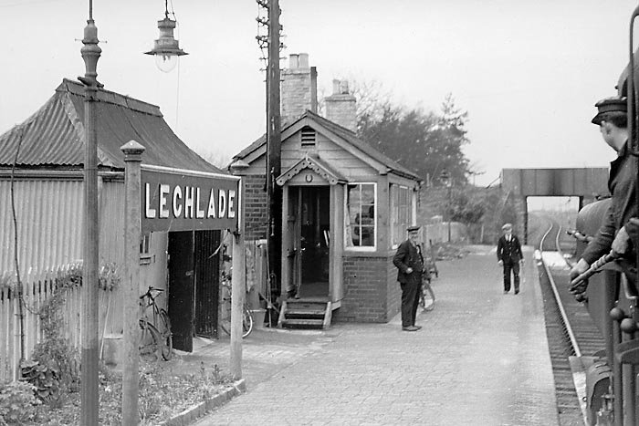 Lechlade Station 17 April 1959