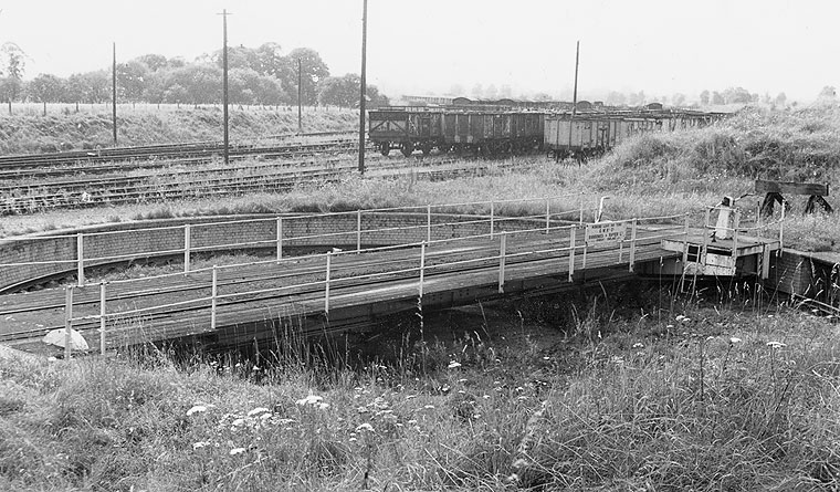 Yarnton Junction turntable